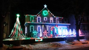 yt-106-Winter-Wonder-Land-2013-Leechburg-Lights