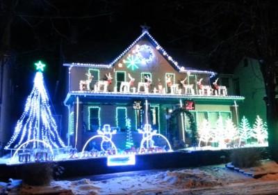 2013 A Holly Jolly Christmas